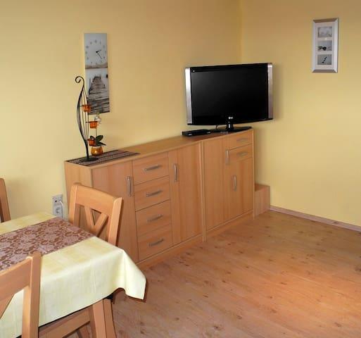 Wohnzimmer 1 mit TV-Ecke