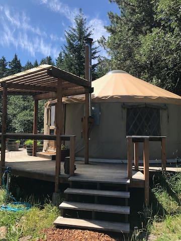 Gorge Yurt Getaway