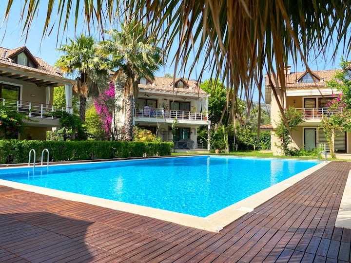 Great Location, Modern & Cozy Apartment in Gocek