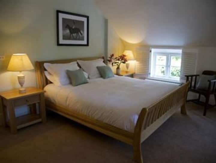 King-Executive-Ensuite-Rooms