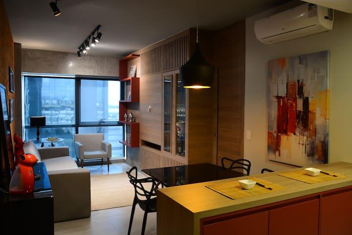 Apartamento luxo mobiliado com vista para o Guaíba