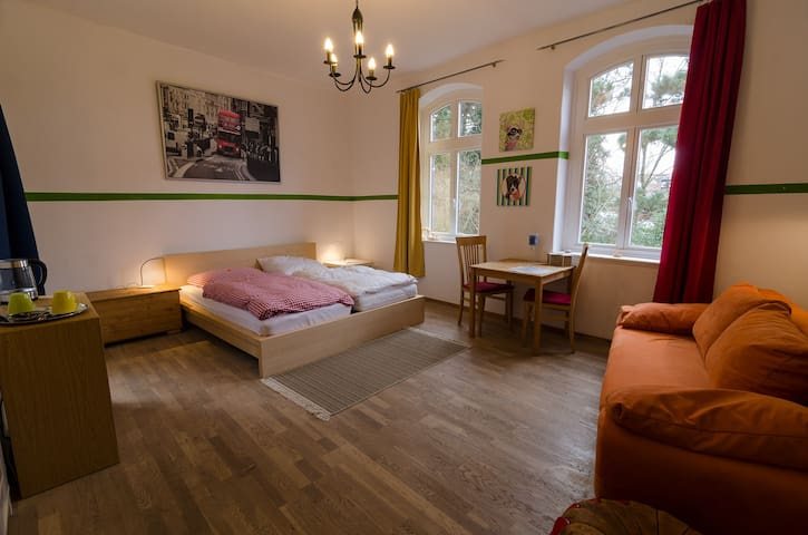 Doubleroom in center with wifi - Lüneburg - Rumah