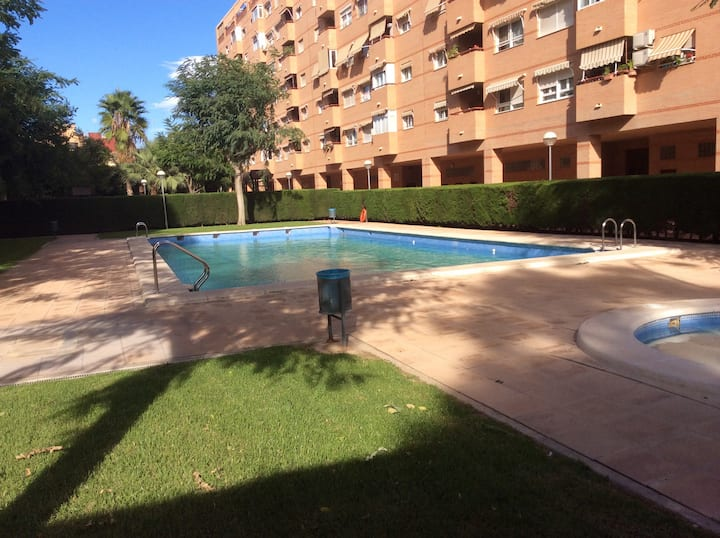 Apartment in el CABAŃAL. 10 minutes from the beach