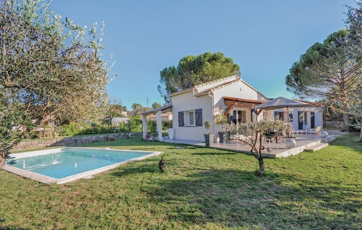 Villa Contemporaine 3 chambres - Piscine