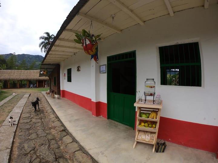 Chaguani - Casa de Campo Hacienda La Dorada