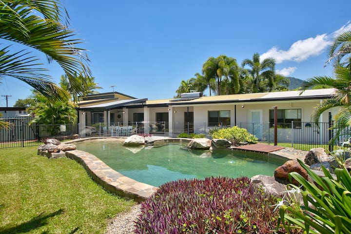 ❤️Whitfield Luxury❤️ Beautiful Home in the Tropics