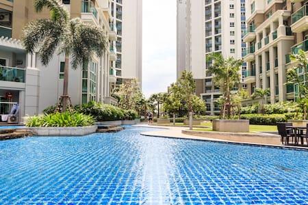 Lovely Resort-like Condo in BKK中文服务