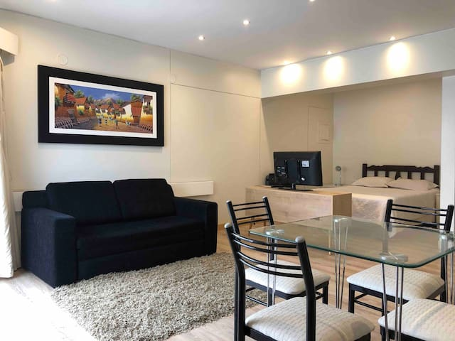 1202: Central Miraflores recently renovated Studio