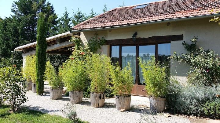 Appartement dans maison Provençale