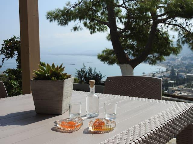Blue View Villa #4:Amazing views/location,peaceful