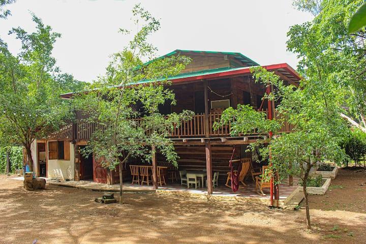 Finca Escamequita - La Hacienda - typical Nica