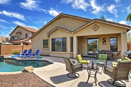 Remarkable 4BR Queen Creek Home w/Outdoor Pool - Queen Creek