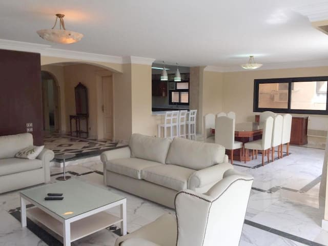 Modern 4 bedroom Flat in Maadi Degla - Maadi as Sarayat Al Gharbeyah - Lägenhet