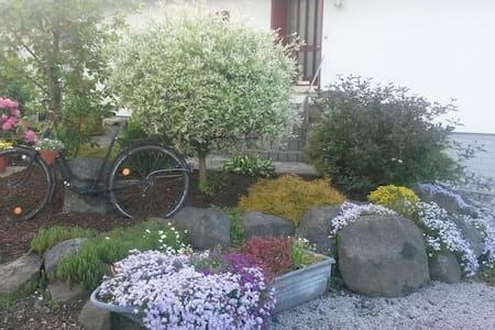 Im Herzen des Westerwald - Gemünden - Lejlighed