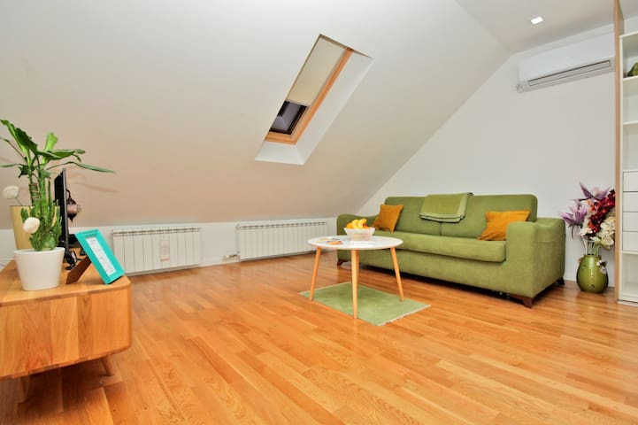 Boutique Apartment No3 Sarajevo - Green