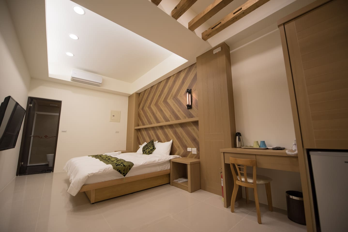 Downtown Double Room, Custom-Made Big Bed