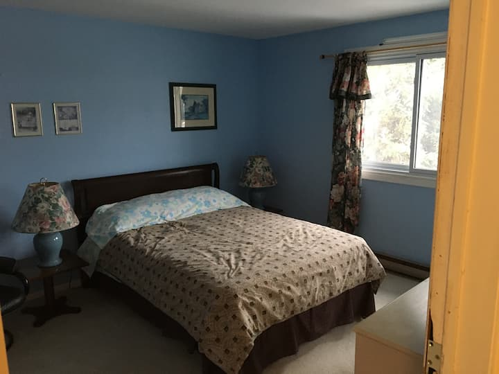 Two bedroom unit in Orangeville