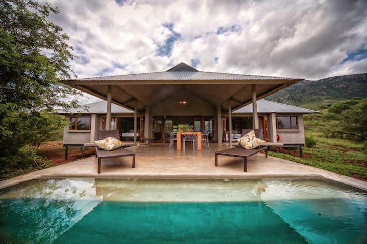 Bushwillow Lodge, Royal Jozini Private Game Res