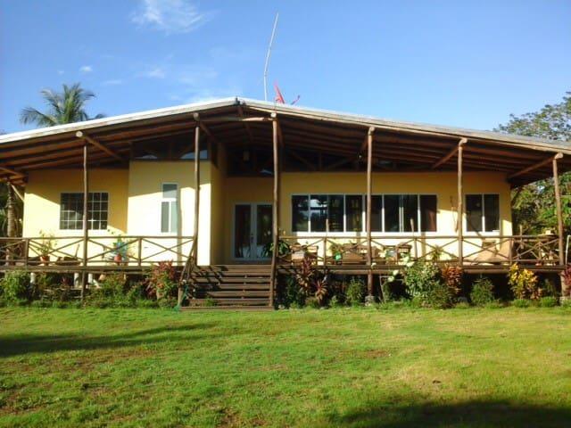 Costa Paraiso - Parrita - Haus