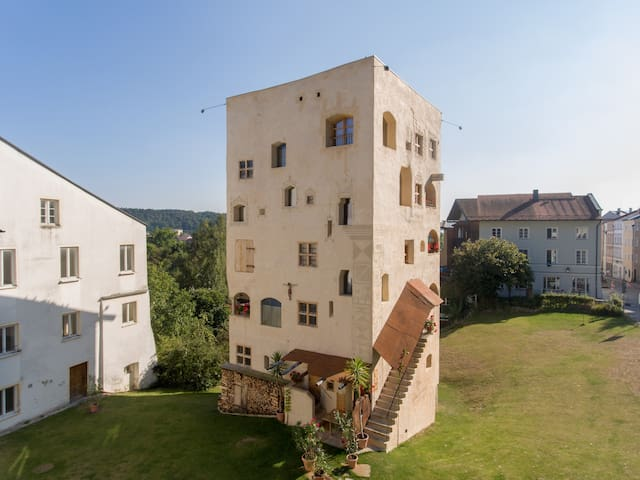 HERZOGPALAIS in THE TOWER OF CASTLE SCHEDLING - Trostberg - Apartament