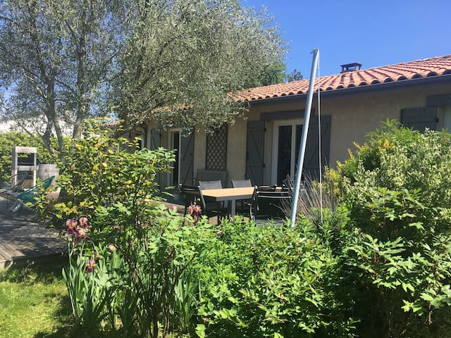 Maison familiale cocooning à 20min de Bordeaux