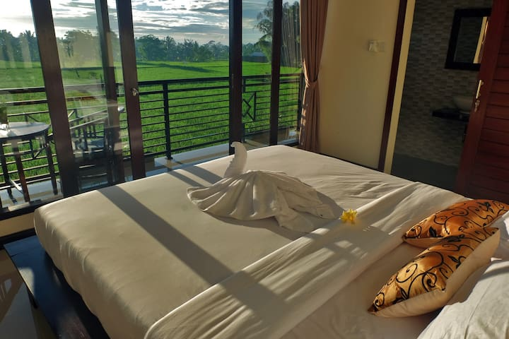 Putra Homestay with rice fields view