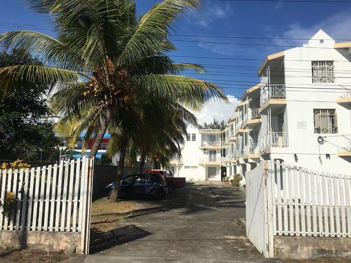 3BDR Duplex APT(50m beach)A/C Balcony WiFi Parking