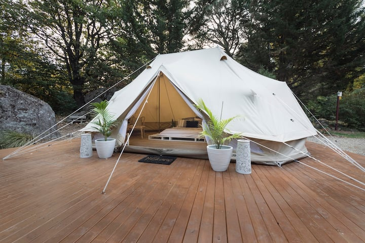 Emperor Tent in Yackandandah