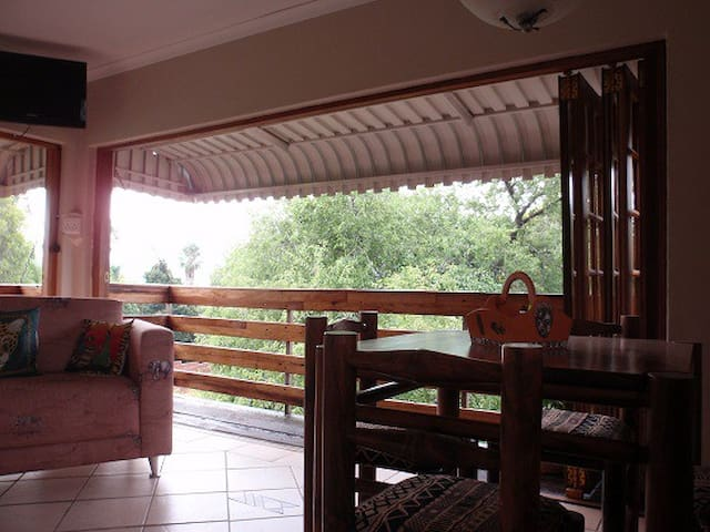 A home from home - Hartbeespoort - Appartement