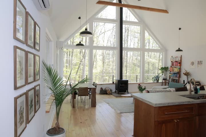 New Secluded + Modern Catskills Home on 8.5 Acres