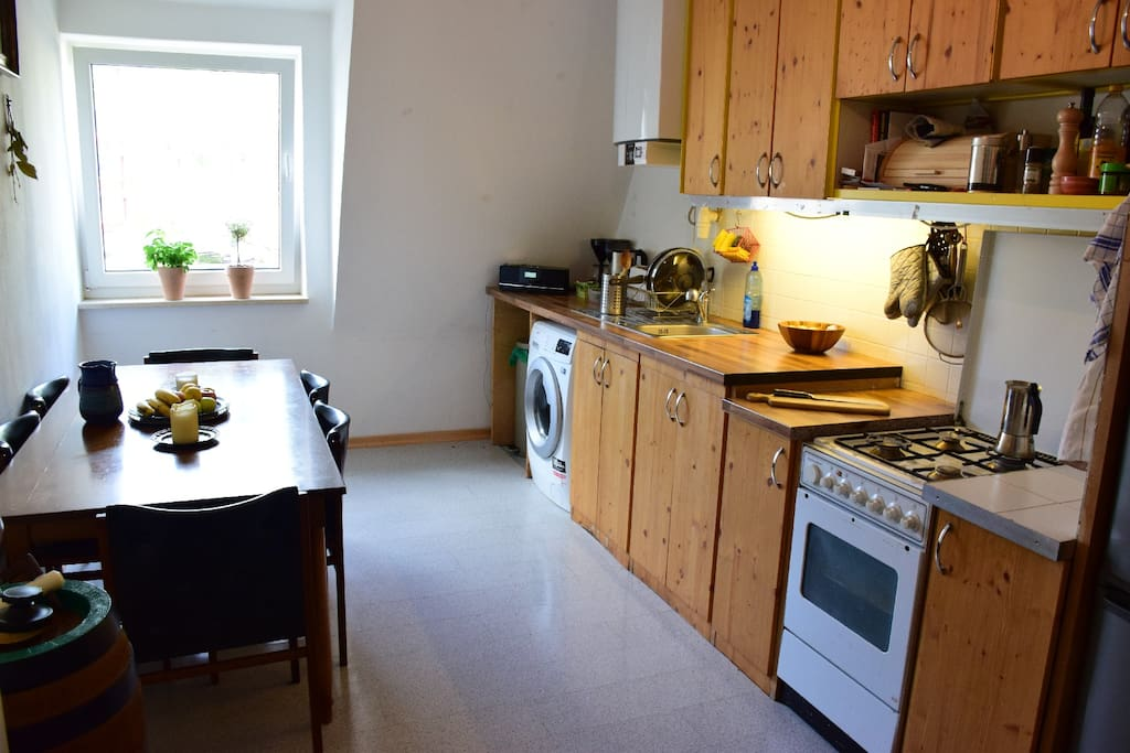 Kitchen with plenty of space
