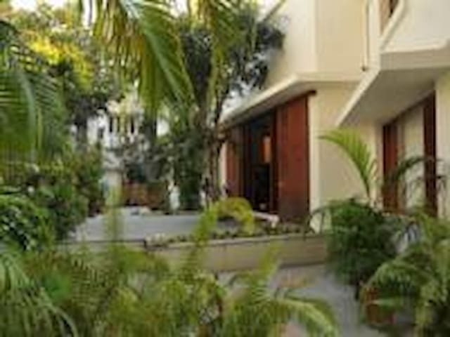 Boutique GuestHouse-Utelia House No.9 ENTIRE VILLA