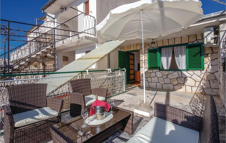 Holiday apartment with 1 bedroom on 65m² in Selce
