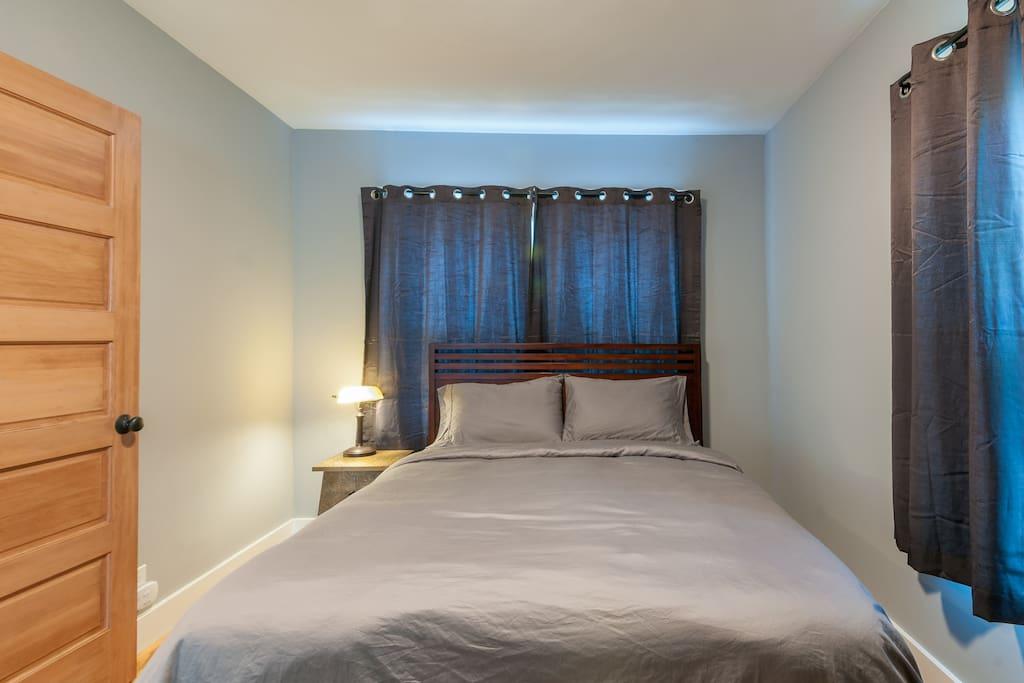 Queen Size Beauty Rest mattress