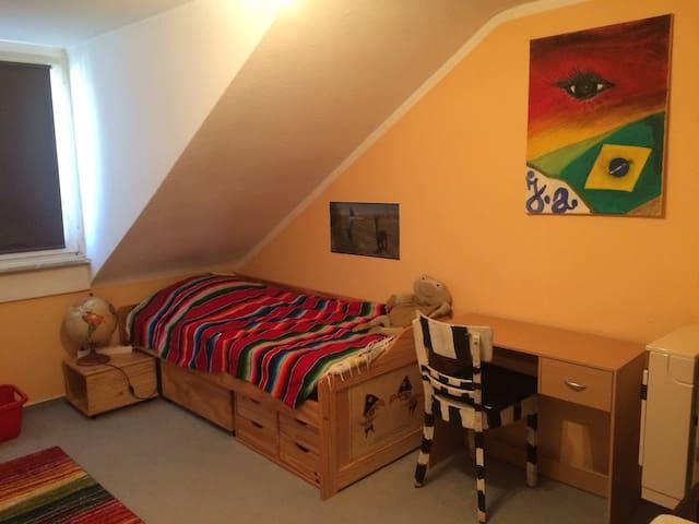 Dein Zimmer 1