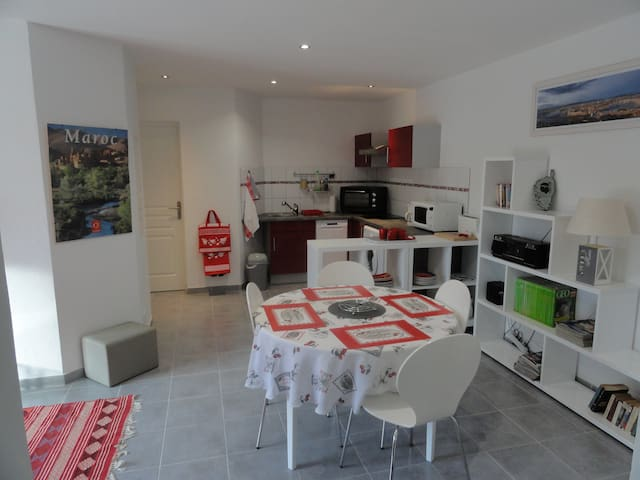 Appartement  2 pièces RDC villa - Porto-Vecchio - Hus
