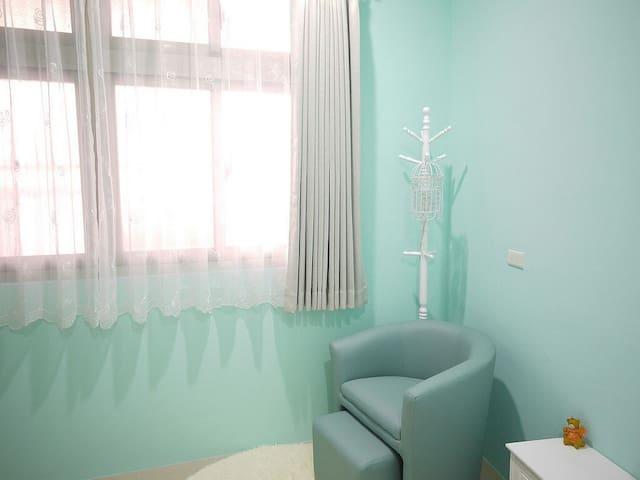 羅東-輕法式渡假民宿 (瑪莉珍小屋) - 羅東鎮 - Apartment