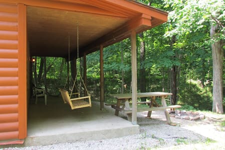 Secluded Luxury Couples Cabin Near Starved Rock