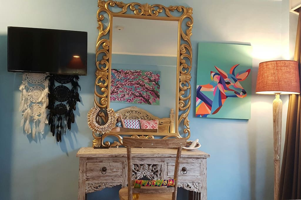 Dressing table.. everything handpicked