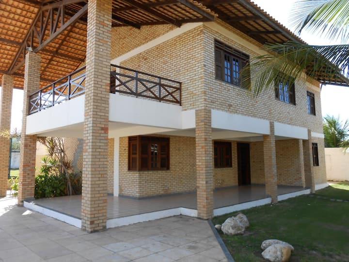 Linda casa próximo ao Beach Park Fortaleza