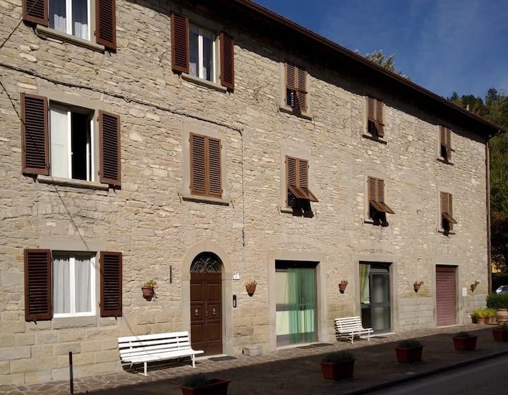 Grazioso appartamento in centro al borgo.