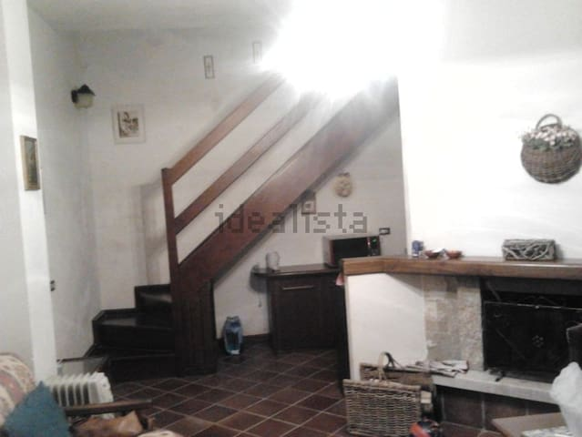 Splendida casetta nella prateria - Antica - Appartement