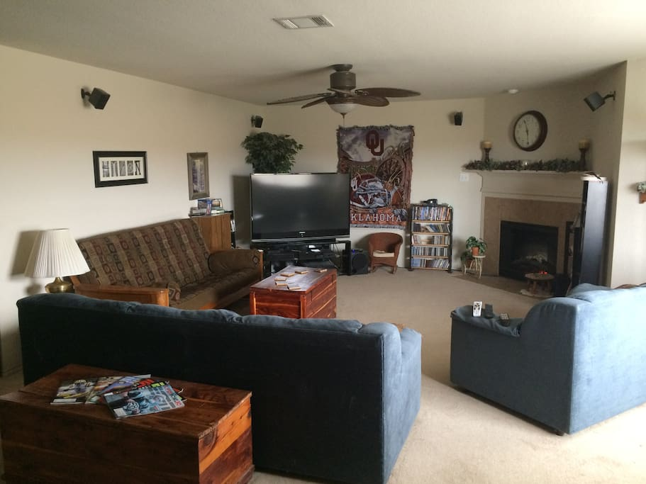 Common area w/ TV and fire place