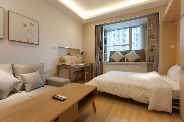 Cozy apart closed to airport and downtown - Shanghai - Serviceret lejlighed