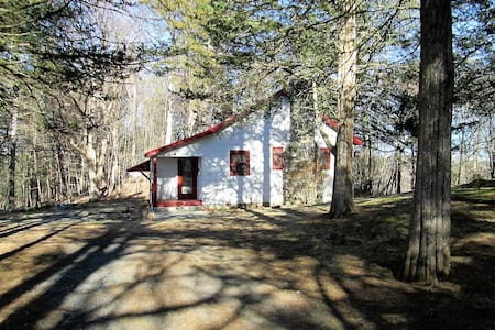 Hudson Valley Cottage - West Camp - Huis