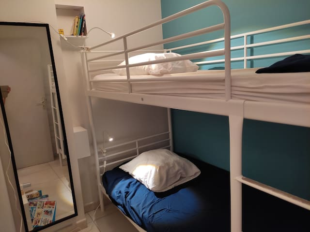 Chambre cabine lits superposés