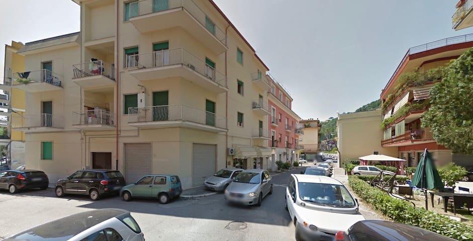 Fittasi Camere ammobiliate - Cassino - Квартира