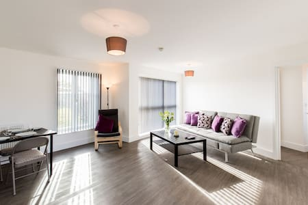 Abodebed 6 Oval View Premium 2 bed Hemel Hempstead