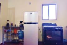 Detalle cocina equipada