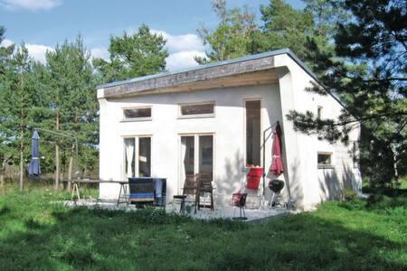 1 Bedroom Home in Klintehamn #1 - Klintehamn - Dom